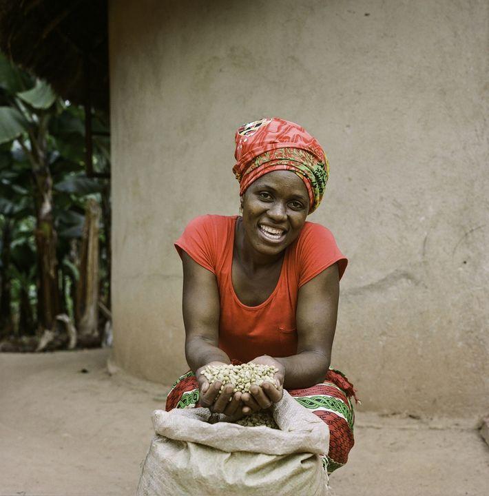 La agricultora Jesca Kangai, de 35 años, vive en la aldea de Pangeti, en el distrito ...