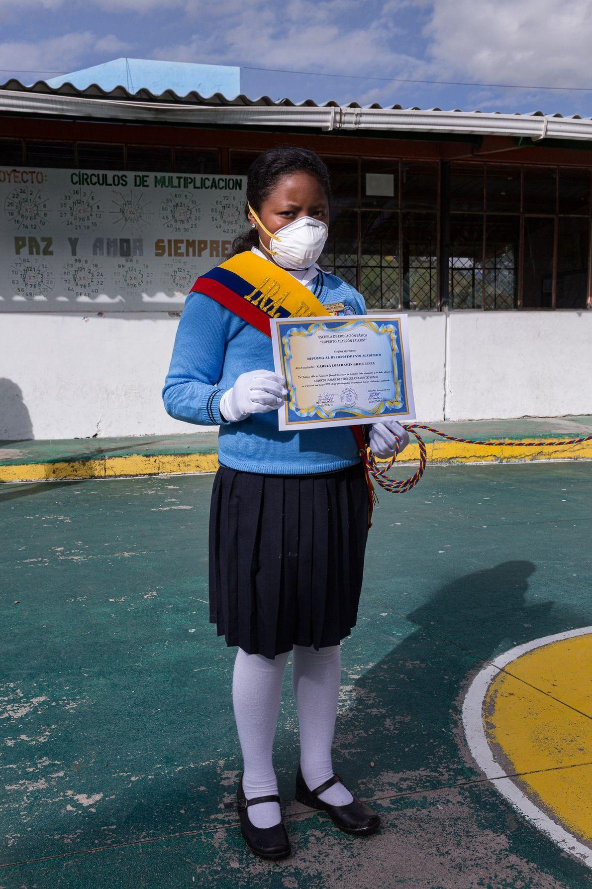 Lucía Cabeza, de 11 años de edad, es parte del cuadro de honor de la escuela Ruperto ...