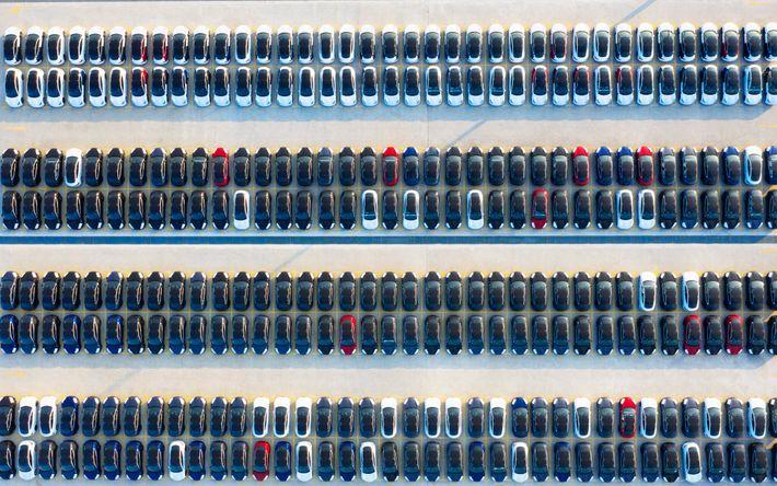 Fotos aéreas de la fábrica de Tesla en Shanghai que exhiben autos recién fabricados, 24 de ...