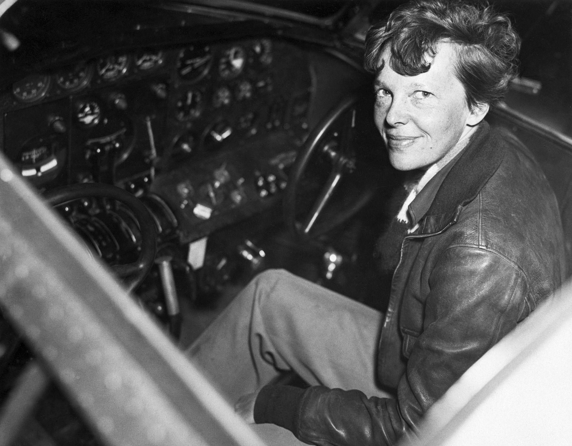Huesos descubiertos en 1940 podrían haber sido los de Amelia Earhart