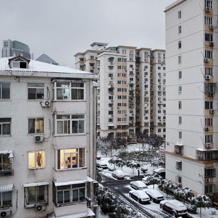 Los refugios atómicos están ubicados bajo estos edificios en el distrito de Weigongcun en Pekín, China.