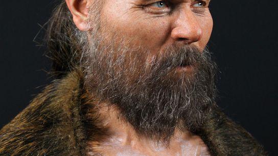 El cráneo parcial utilizado para reconstruir la cara de este hombre fue descubierto con otros huesos ...