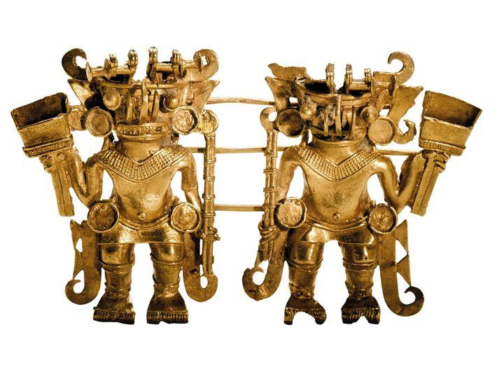 Los gemelos dorados representan la delicadeza y calidad de la artesanía tairona. Para construir las figuras ...