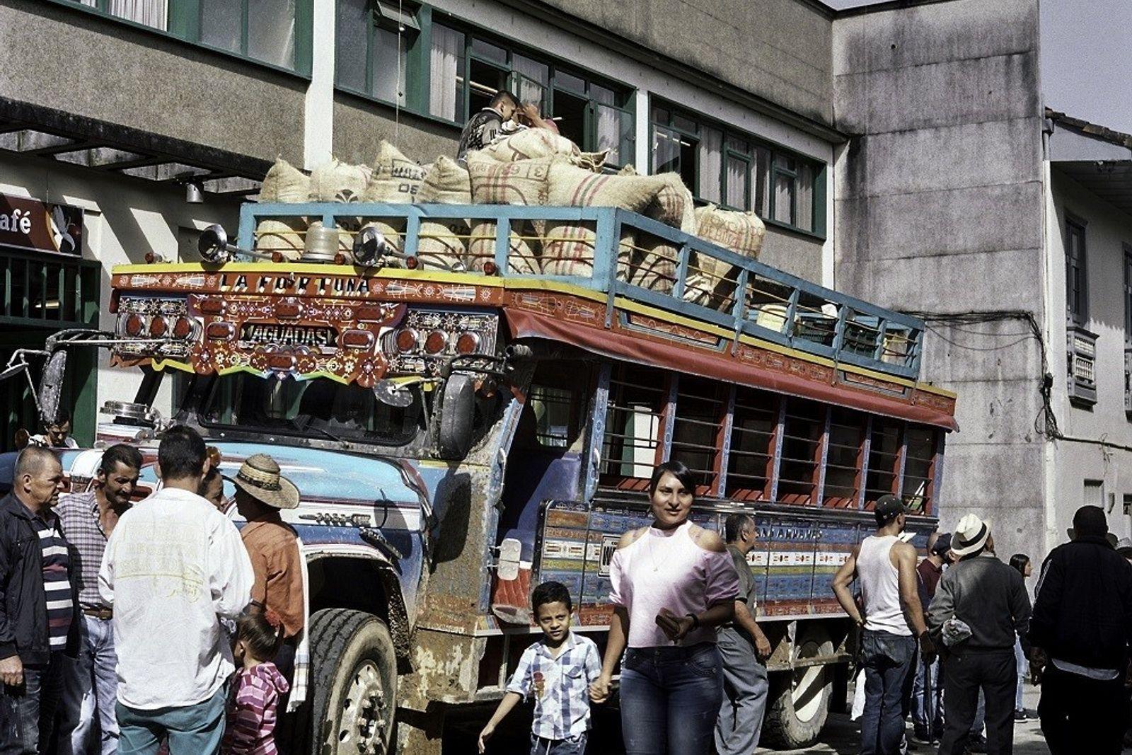 Los sábados, este pequeño pueblo en Caldas, Colombia, se agita con entusiasmo por la llegada de ...