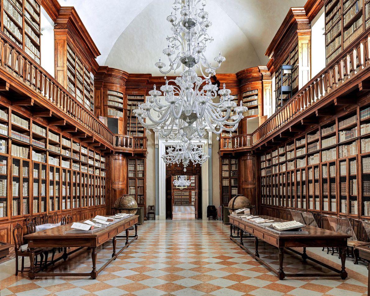 Biblioteca Teresiana,  Mantua, Italia