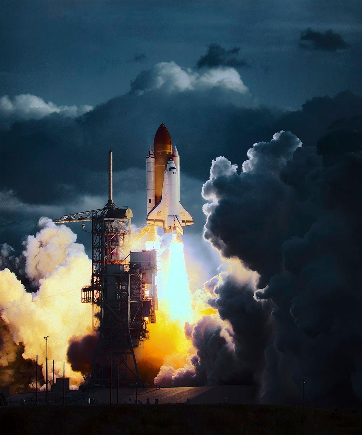 El transbordador espacial Discovery despega desde el Centro Espacial Kennedy de la NASA en 1984.