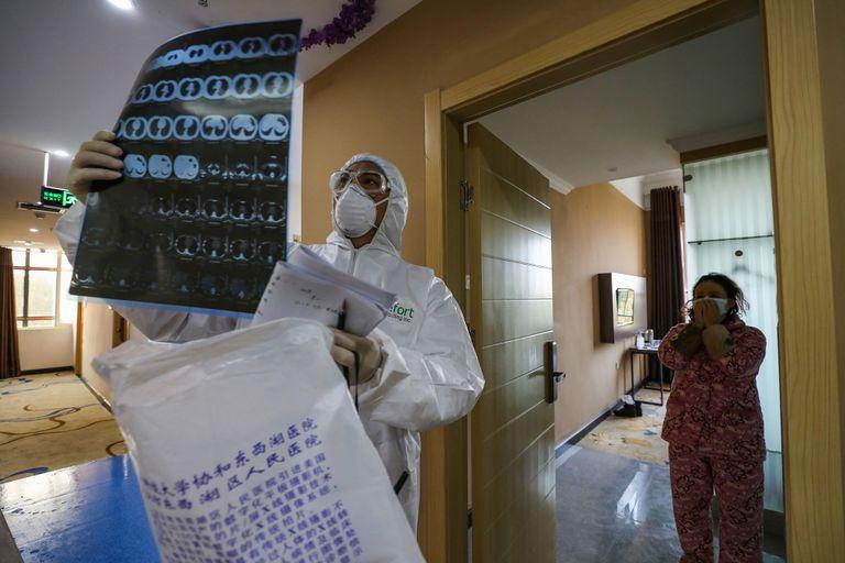 Esto es lo que el coronavirus provoca en el cuerpo | National Geographic