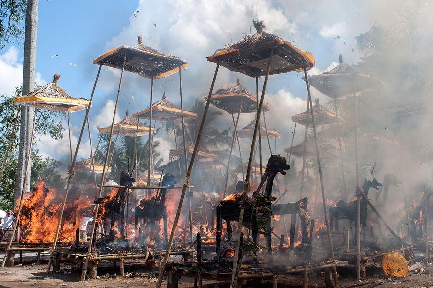 El precio ambiental de cremar a los muertos