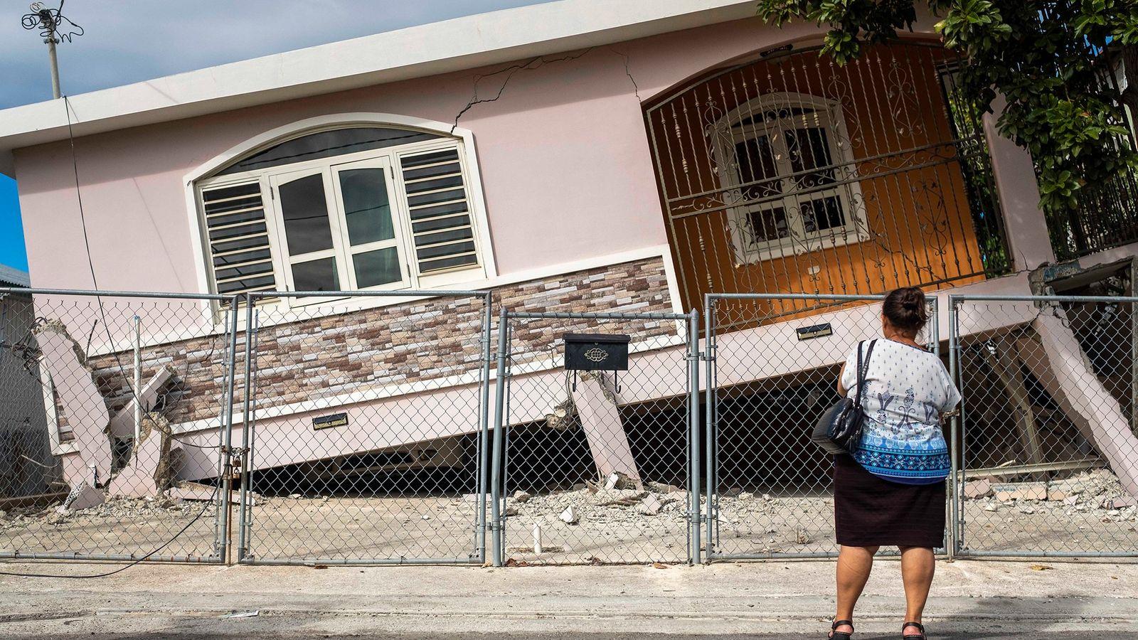 El 6 de enero, un terremoto de magnitud 5,8 sacudió Puerto Rico, dañando estructuras como la ...