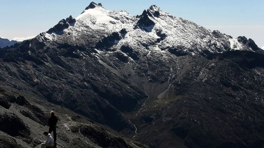 El Pico Humboldt en los Andes venezolanos, es el hogar del último glaciar del país, pero ...