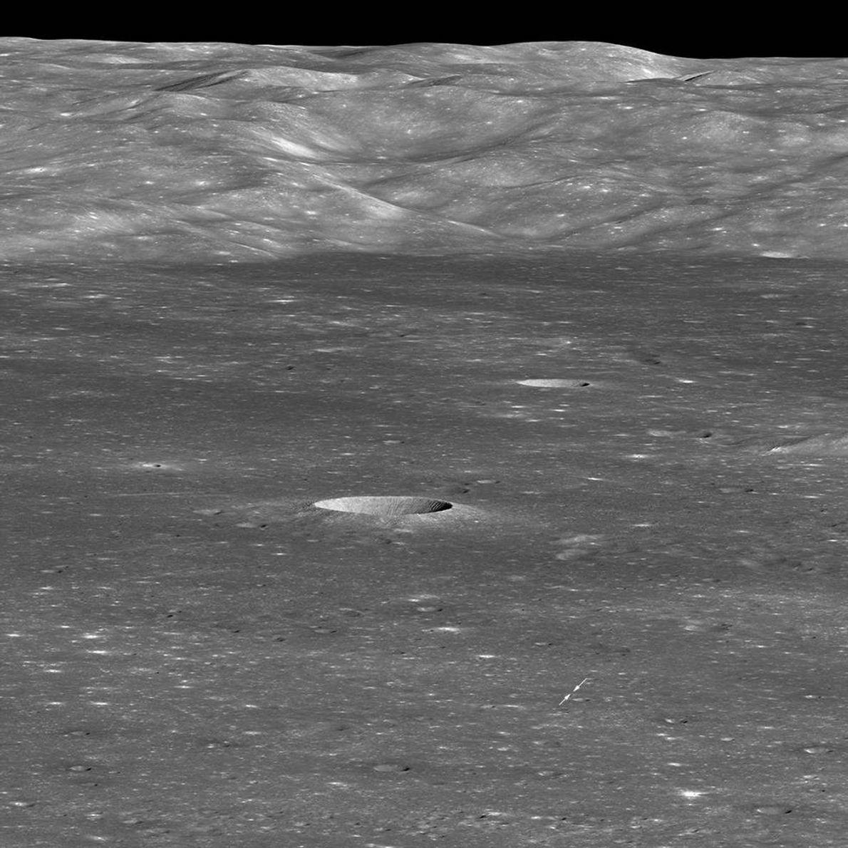 El 30 de enero, el Lunar Reconnaissance Orbiter de la NASA capturó el vehículo de aterrizaje ...