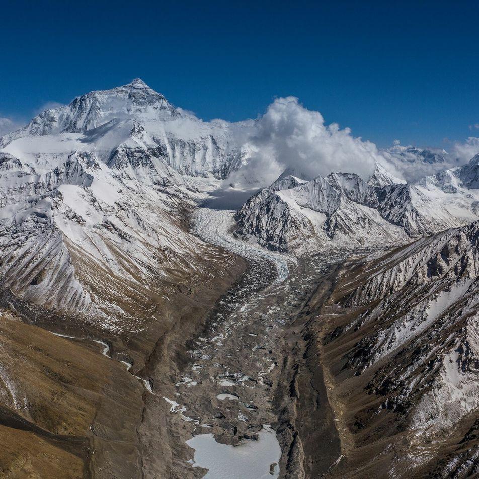 China y Nepal anunciaron la nueva altura del Everest