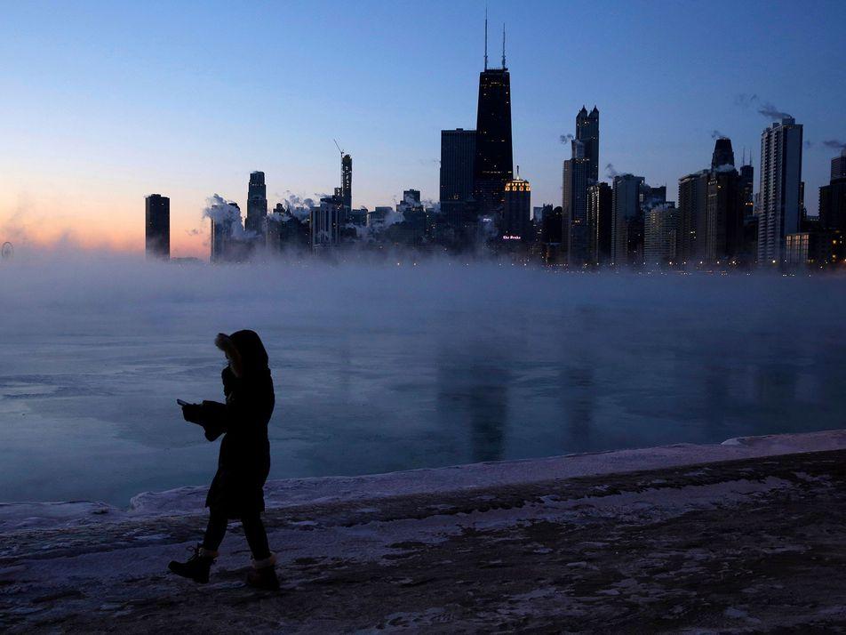 Cómo el vórtice polar ha ocasionado temperaturas bajo cero récord en Estados Unidos