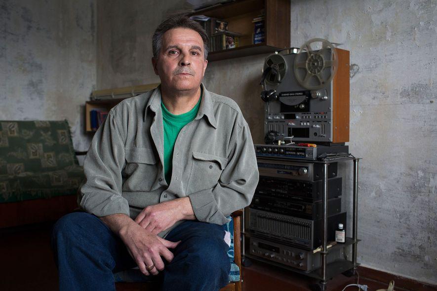"""Ilya Suslov trabajó como """"liquidador"""" en la construcción del sarcófago original de Chernóbil, la caja de ..."""