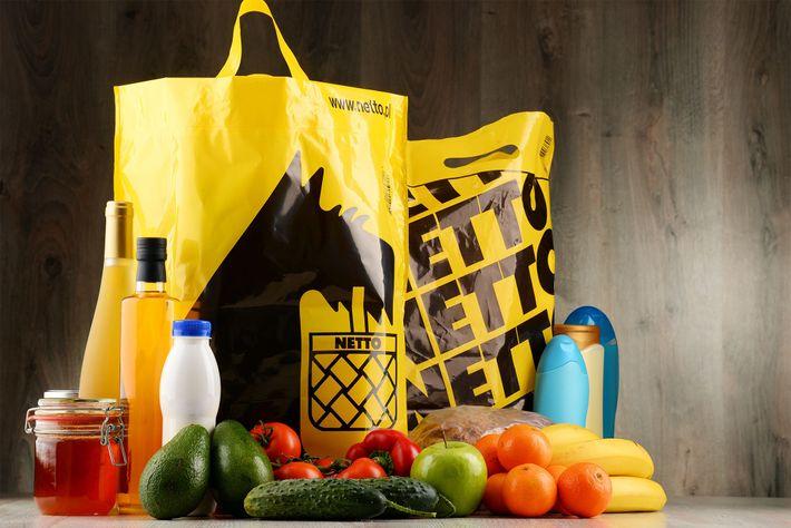 La cadena de supermercados Netto ha puesto en marcha un programa de reducción de bolsas en ...