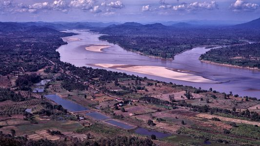 El río Mekong en su nivel más bajo en 100 años: una amenaza para el suministro ...