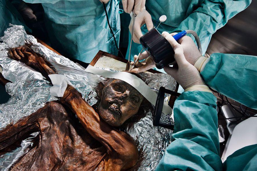 Científicos reconstruyen el ascenso final de Ötzi, el Hombre de Hielo