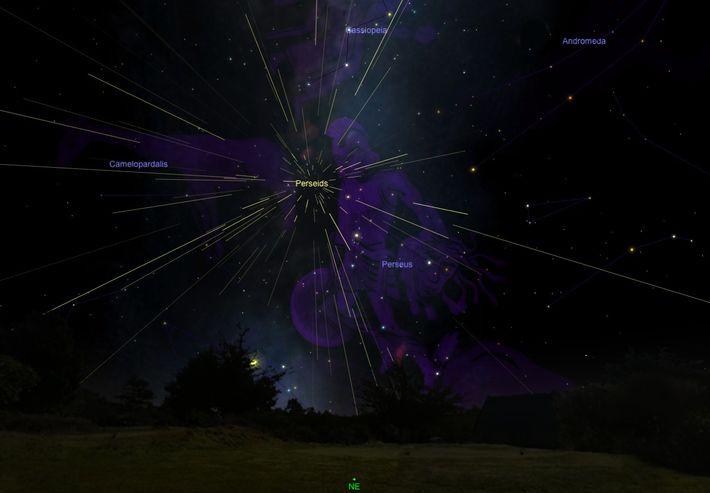 Los meteoros de las Perseidas parecen irradiar de la constelación del mismo nombre, como se ve ...