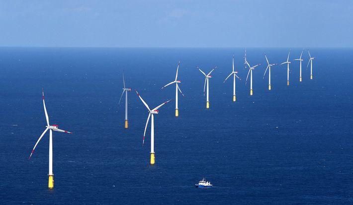 El parque eólico DanTysk en el Mar del Norte abastece a Munich de energía que no ...