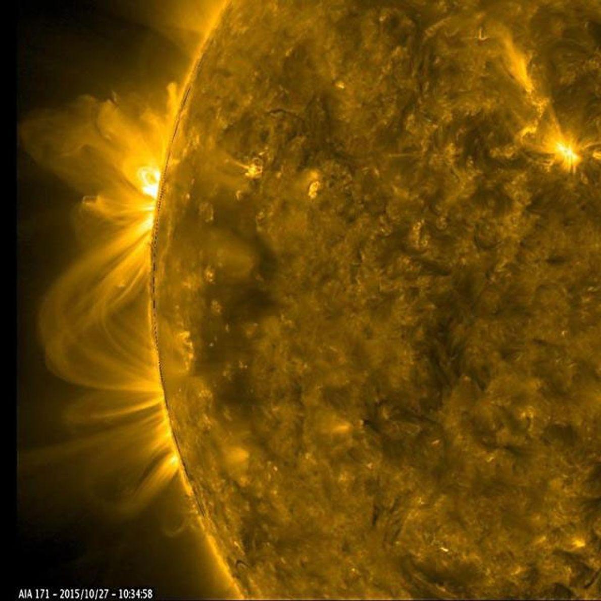 Los planetas no son los únicos cuerpos celestes que pueden generar una tempestad. En el sol, ...