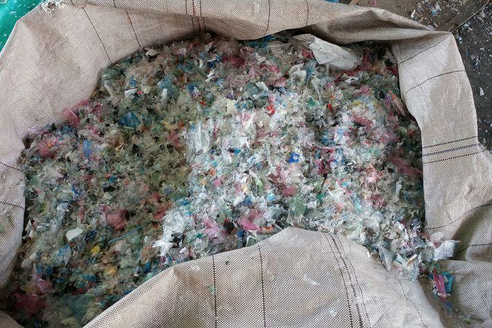El reciclaje de plásticos ha tenido altibajos como cualquier empresa. En la siguiente etapa del reciclaje ...