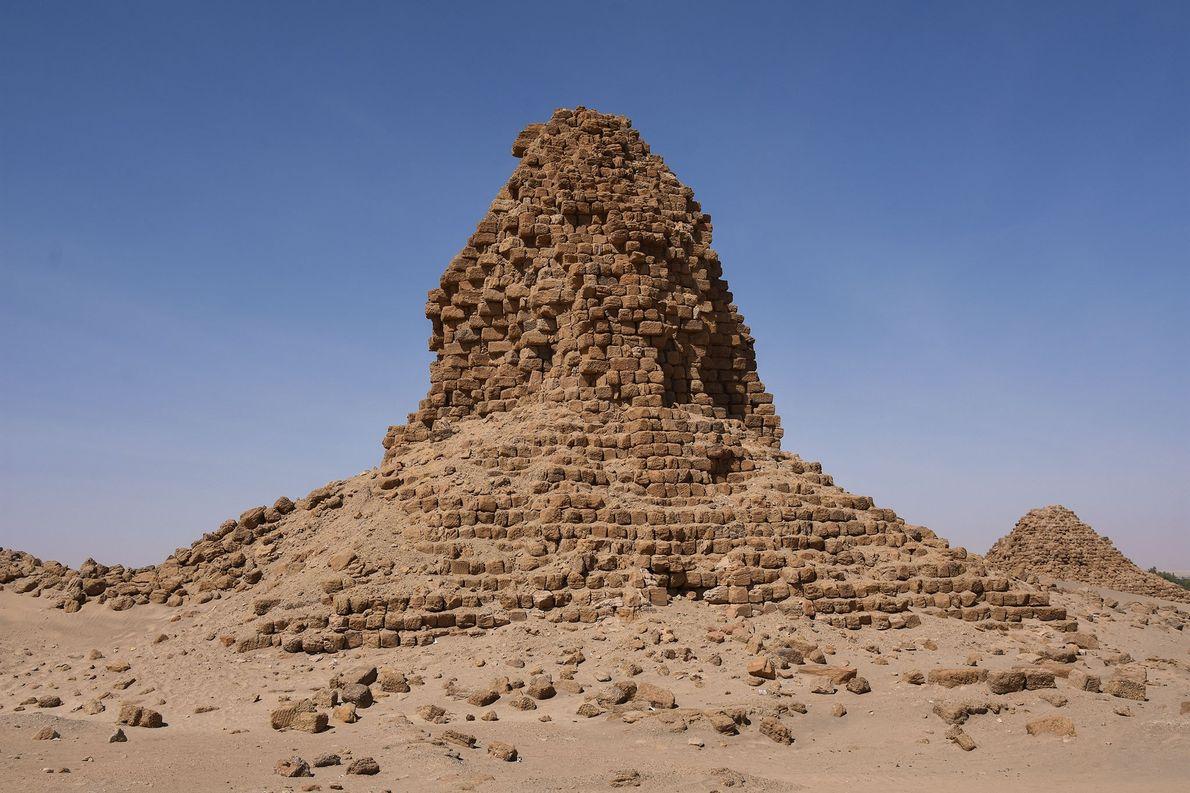 Pirámide del rey Anlamani, que gobernó desde el 620 a. C. y murió alrededor del 600 ...