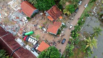 """Tsunami """"volcánico"""" en Indonesia"""
