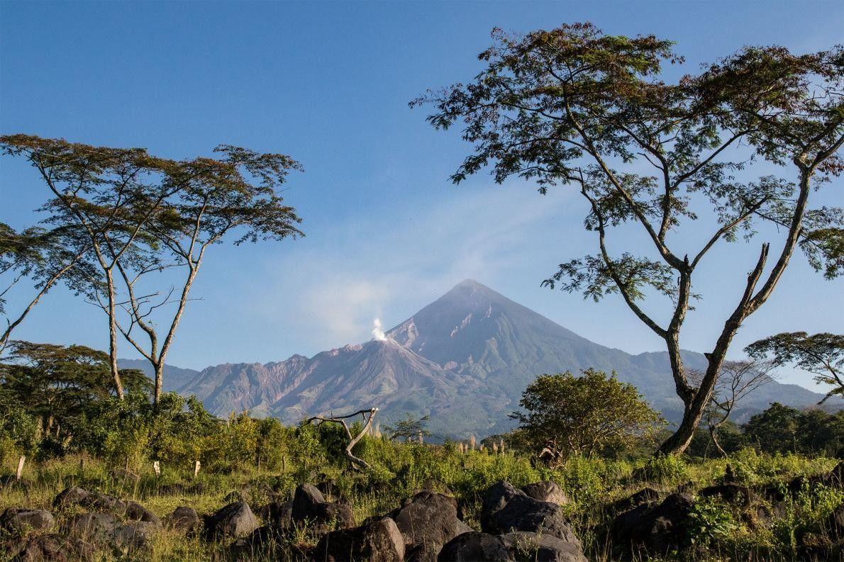 El domo de lava El Caliente está ubicado en la base del volcán Santa María.