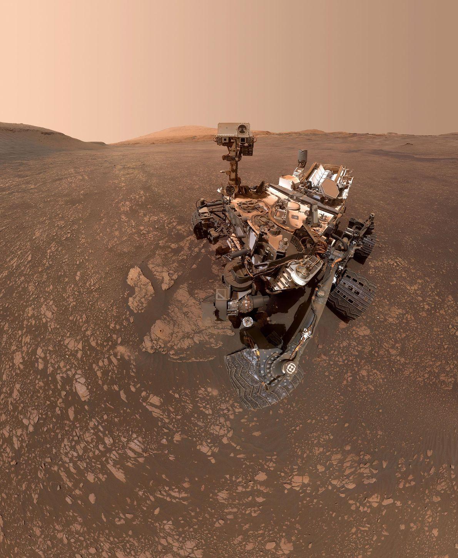 El rover Curiosity Mars de la NASA se tomó esta selfie el 12 de mayo de ...