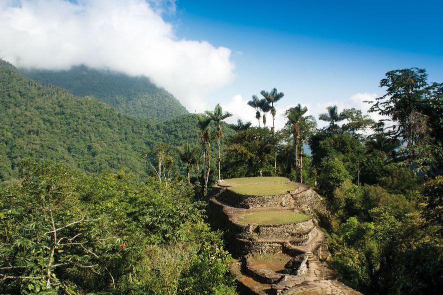 La terraza central de Teyuna en la selva de la Sierra Nevada de Santa Marta, Colombia, ...