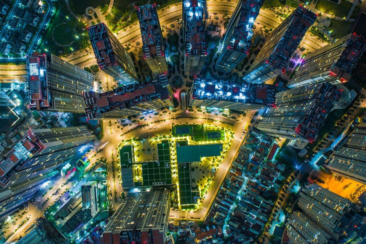 Un dron capturó esta imagen aérea de una sección recientemente construida de la ciudad de Ho ...