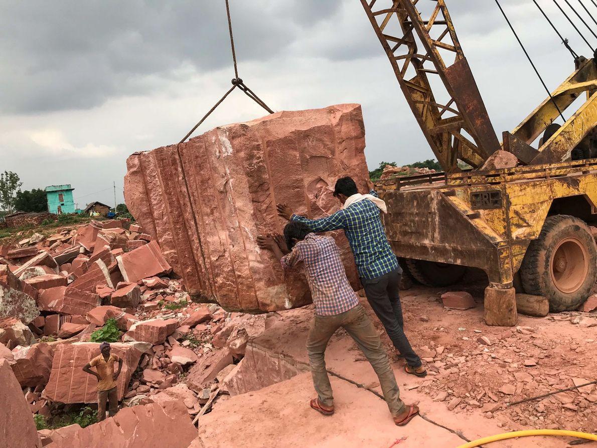 """""""Es el único medio que tenemos para comer"""", dijo Ramsahai Meena sobre este trabajo letal en ..."""