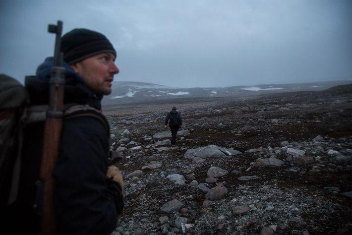 William D'Andrea, paleoclimatólogo en el Observatorio Terrestre Lamont-Doherty en la Universidad de Columbia, Nueva York, vigila ...
