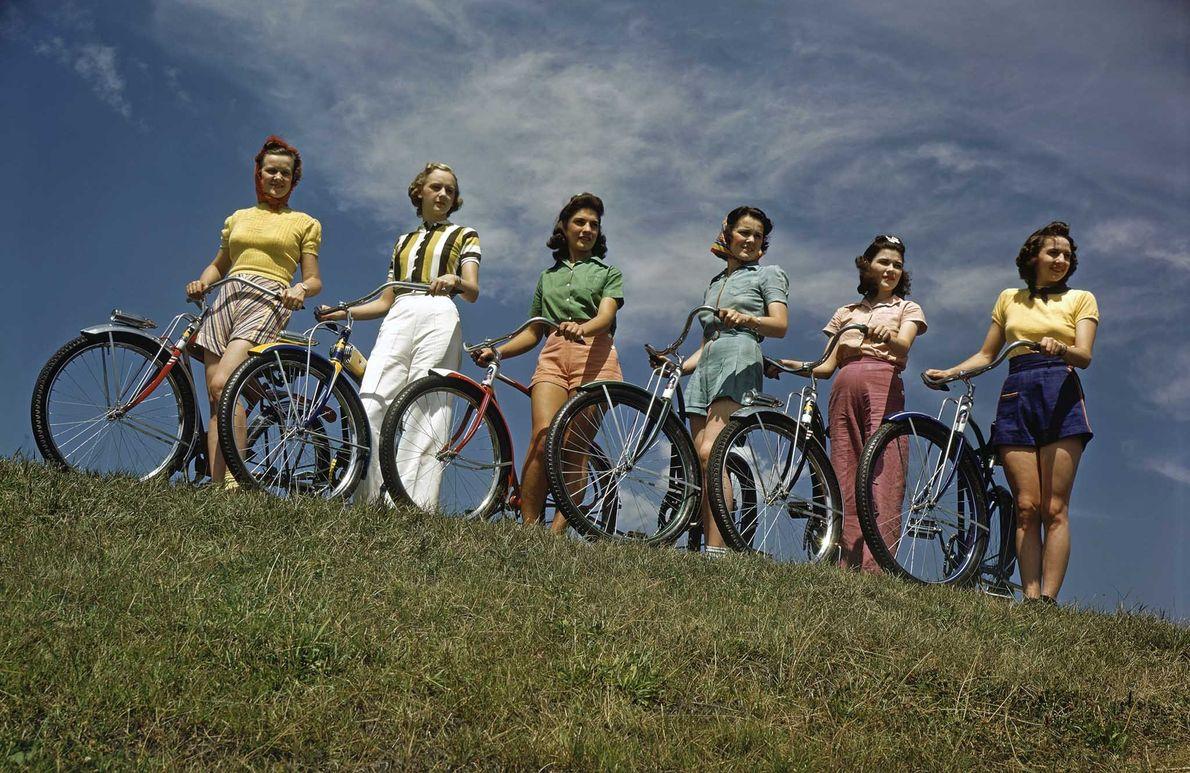 En el siglo XIX, la bicicleta fue clave para dar impulso a la mujer estadounidense para …