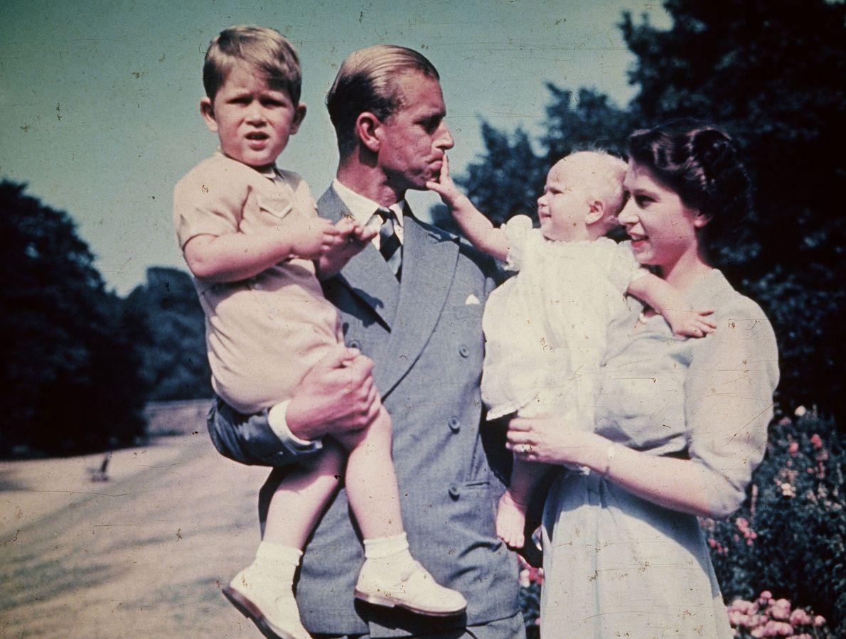 El matrimonio entre el príncipe Felipe de Grecia, también conocido como el duque de Edimburgo, y ...