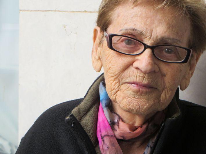 Esta fotografía de Edith Grosman, que en aquel entonces tenía 92 años, fue tomada en Poprad, ...