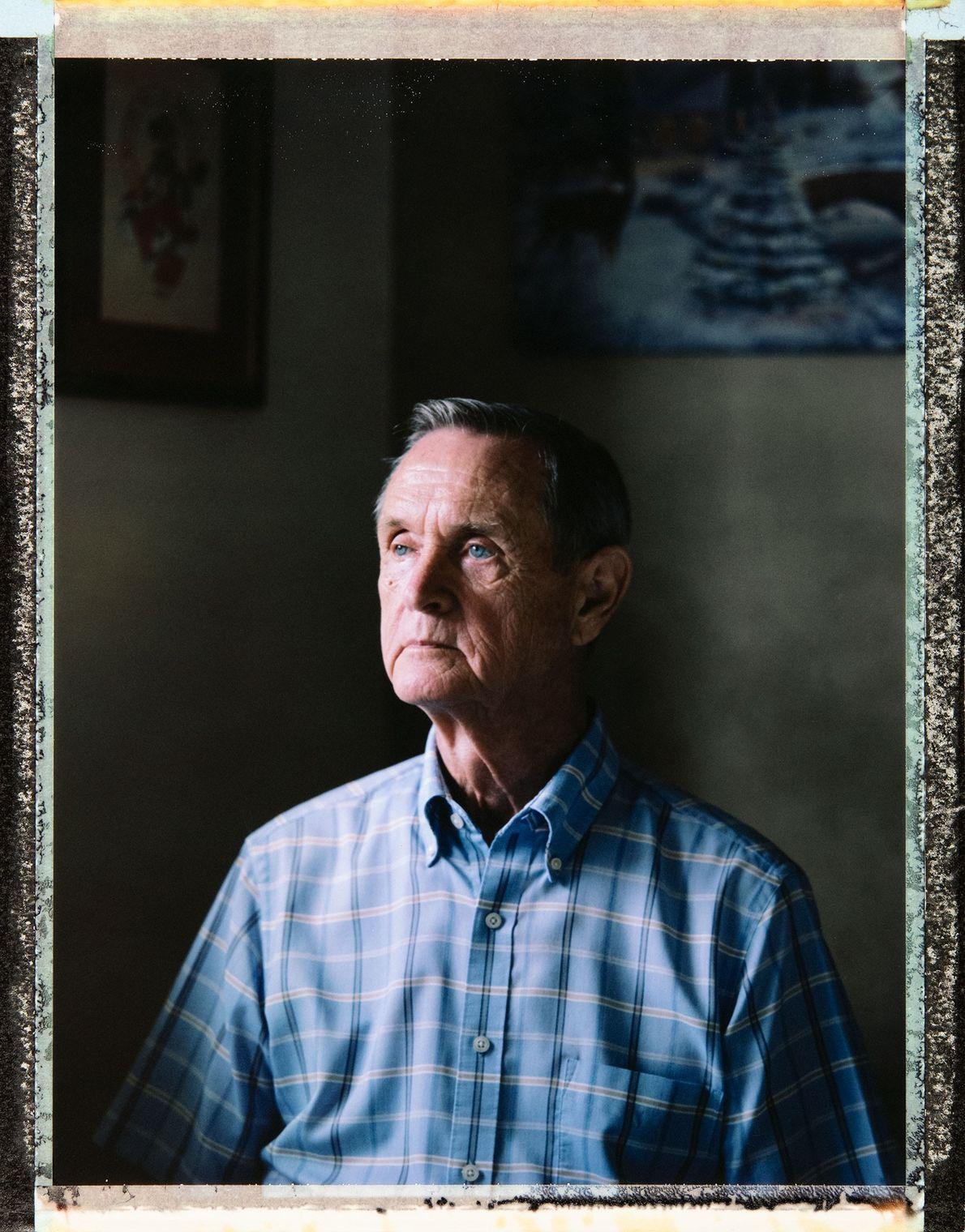 Robert Frew Jr., 77