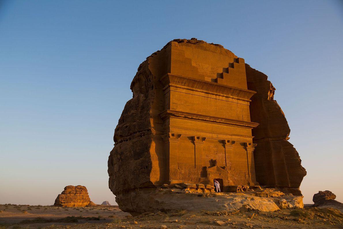 Mada'in Saleh, Arabia Saudí Las tumbas de Mada'in Saleh fueron talladas en montañas de arenisca del desierto ...