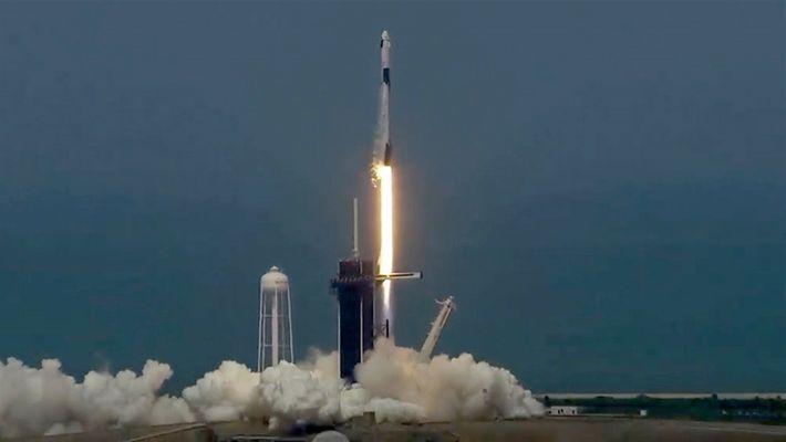 Revive el histórico lanzamiento tripulado de SpaceX y la NASA