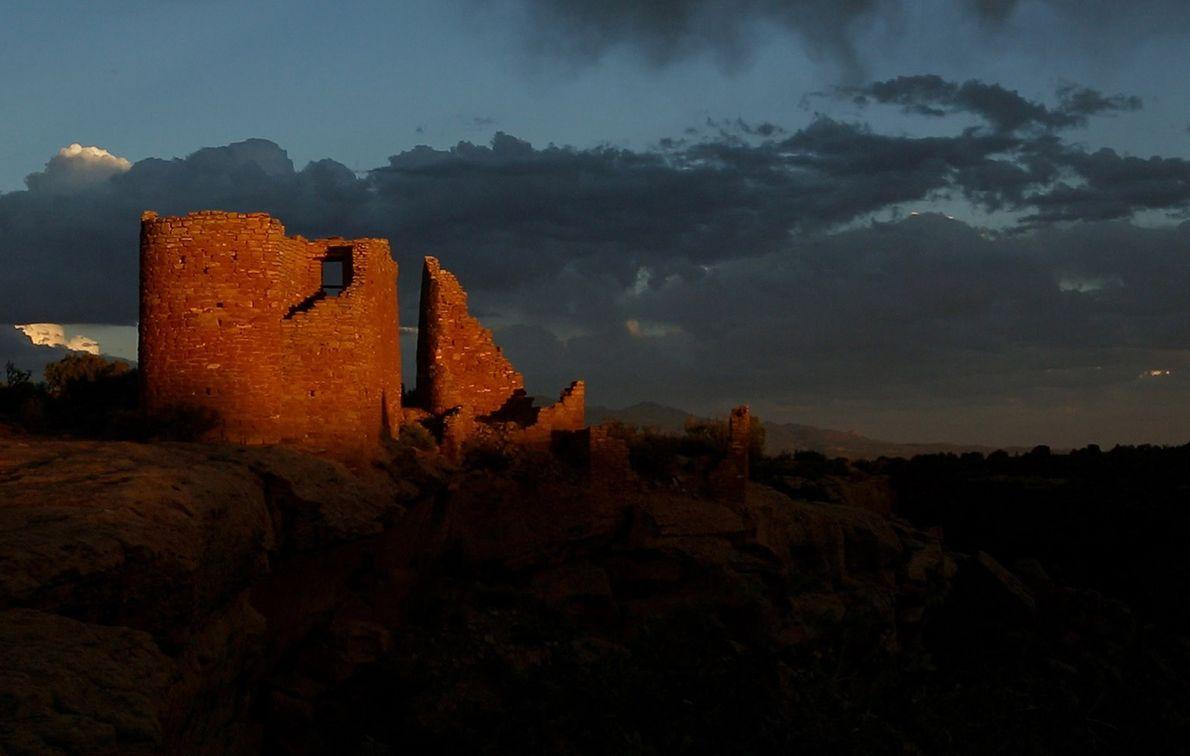 La mayoría de las estructuras en el castillo de Hovenweep en el sudeste de Utah, el ...