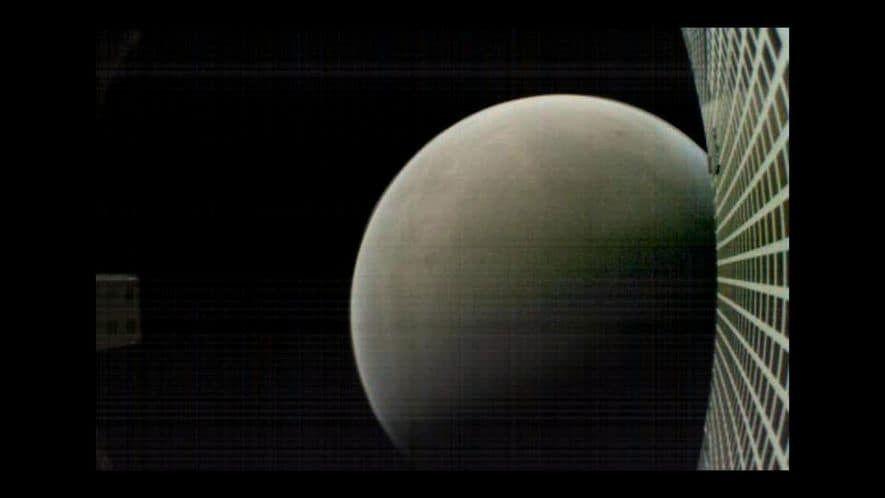 MarCO-B, uno de los CubeSats de la NASA, sacó esta imagen de Marte a unos 7.500 ...