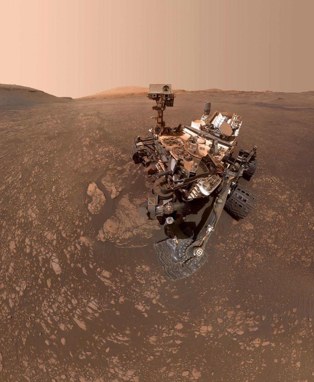 El 12 de mayo, el rover de la NASA Mars Curiosity tomó esta selfie. La imagen ...
