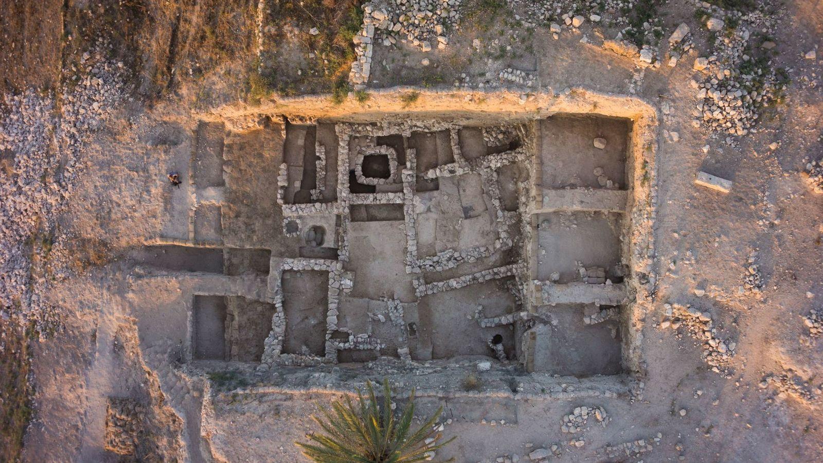 Tel Megiddo fue una importante estado de la ciudad cananea durante la Edad deBronce, aproximadamente entre ...