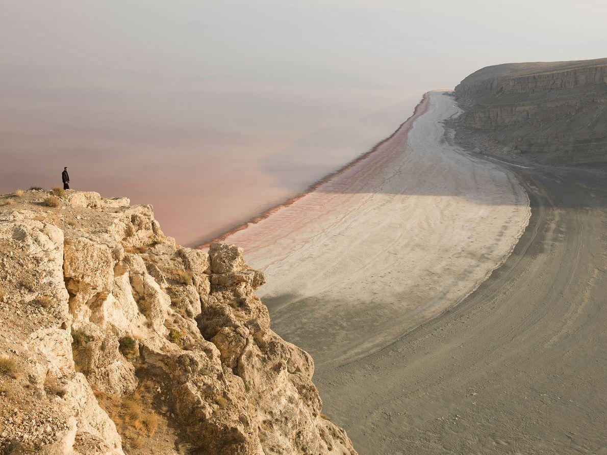 El lago Urmia, en Irán, es un hábitat de aves fundamental, y solía ser un destino ...