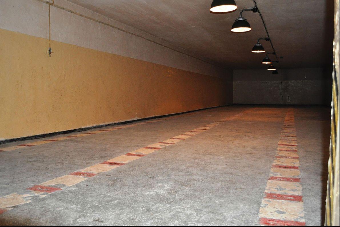 Una de las cuatro habitaciones utilizadas para almacenar ojivas nucleares en el búnker de Podborsko.