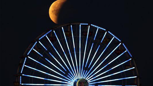 Imágenes de la Superluna Azul de Sangre alrededor del mundo