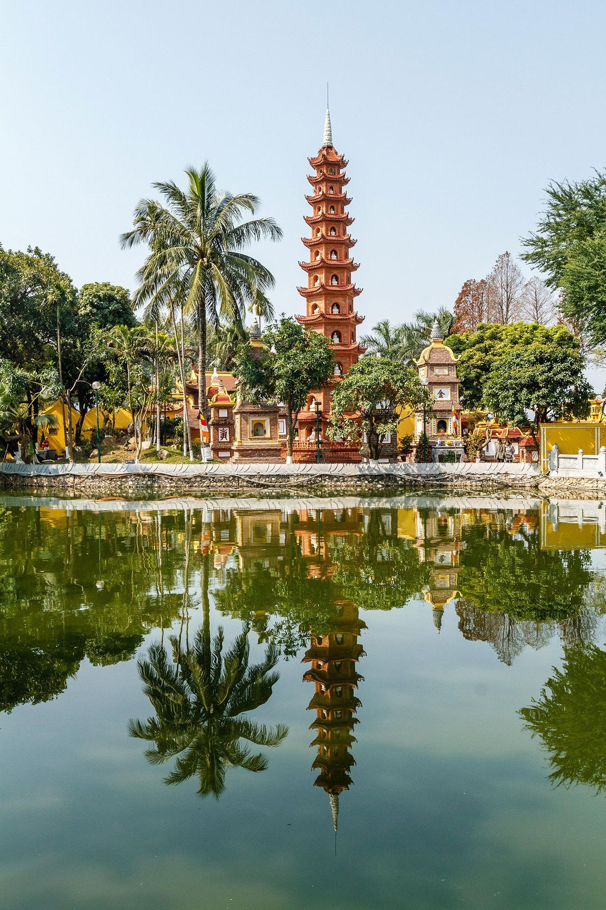 TrẤn QuỐc Pagoda, Vietnam
