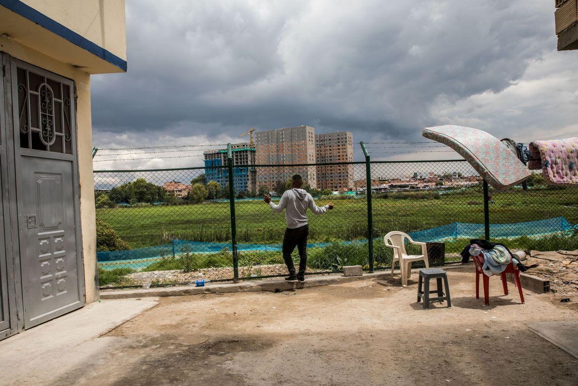 El barrio de Unir II es el hogar de algunos de los residentes más marginados y ...