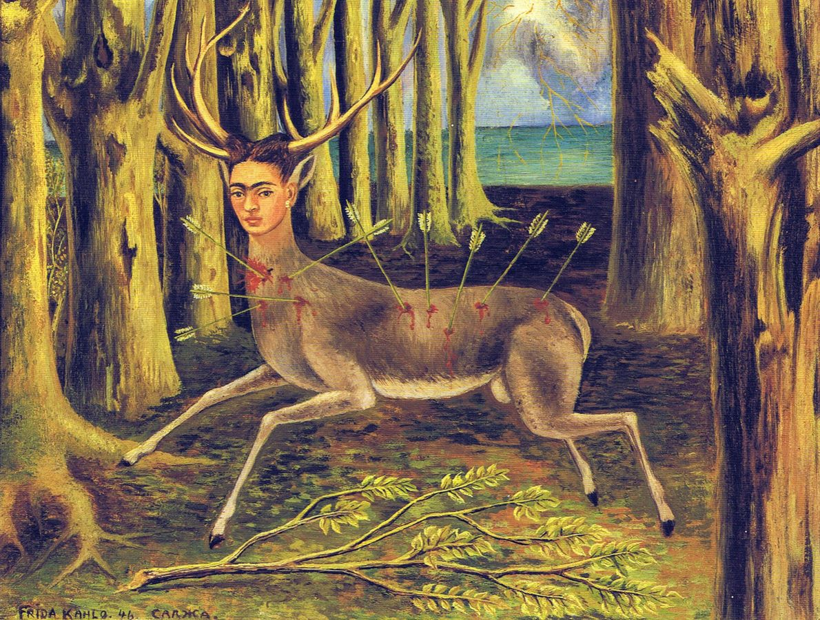 Un autorretrato de Kahlo como un ciervo, solo en el bosque y atravesado por nueve flechas. ...