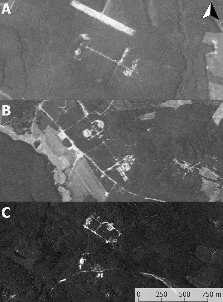 Imágenes satelitales espías desclasificadas de las bases nucleares soviéticas en: A) Podborsko; B) Brzeźnica Kolonia; y ...